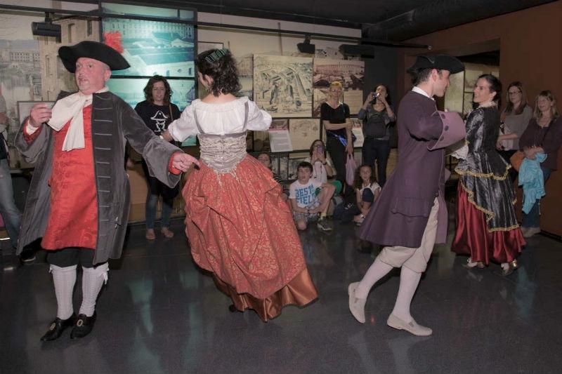 Danza en procesión